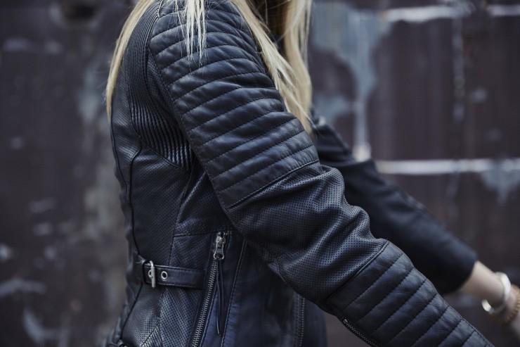 Black-Arrow-Wild-Free-Motorcycle-Jacket-5-740x493-2