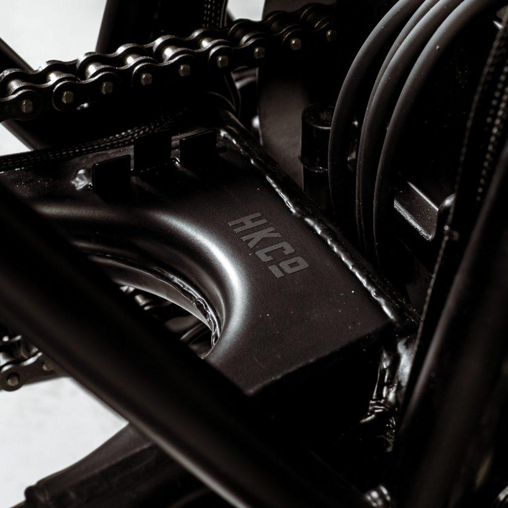 Hookie Co-Black Mamba-Honda CB550-cafe racer-custom-honda-CB550-allemagne-motorcycle-