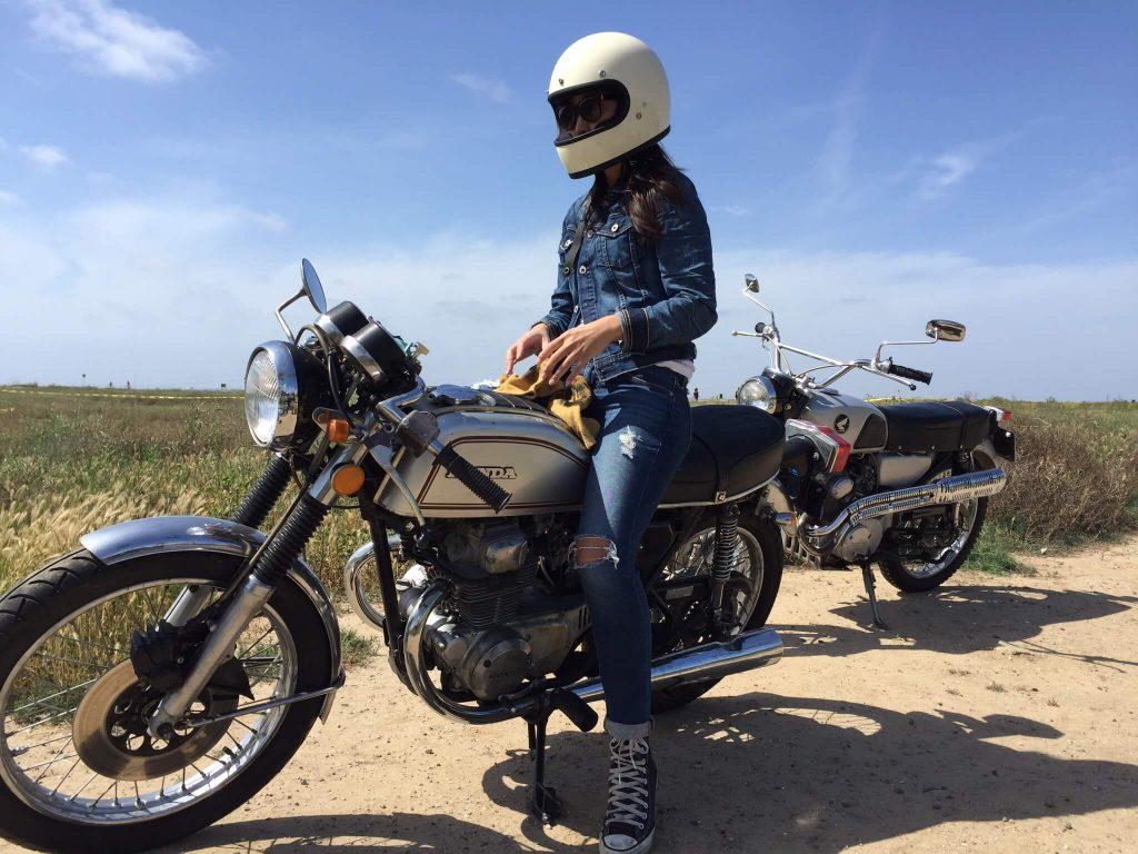 Lou Rider, lourider, lourider-lou-rider-dans-la-roue-de-danslarouede-4h10-4H10-moto-custom-kustom-motorcycle-girl-bike-ker-tokyo-2