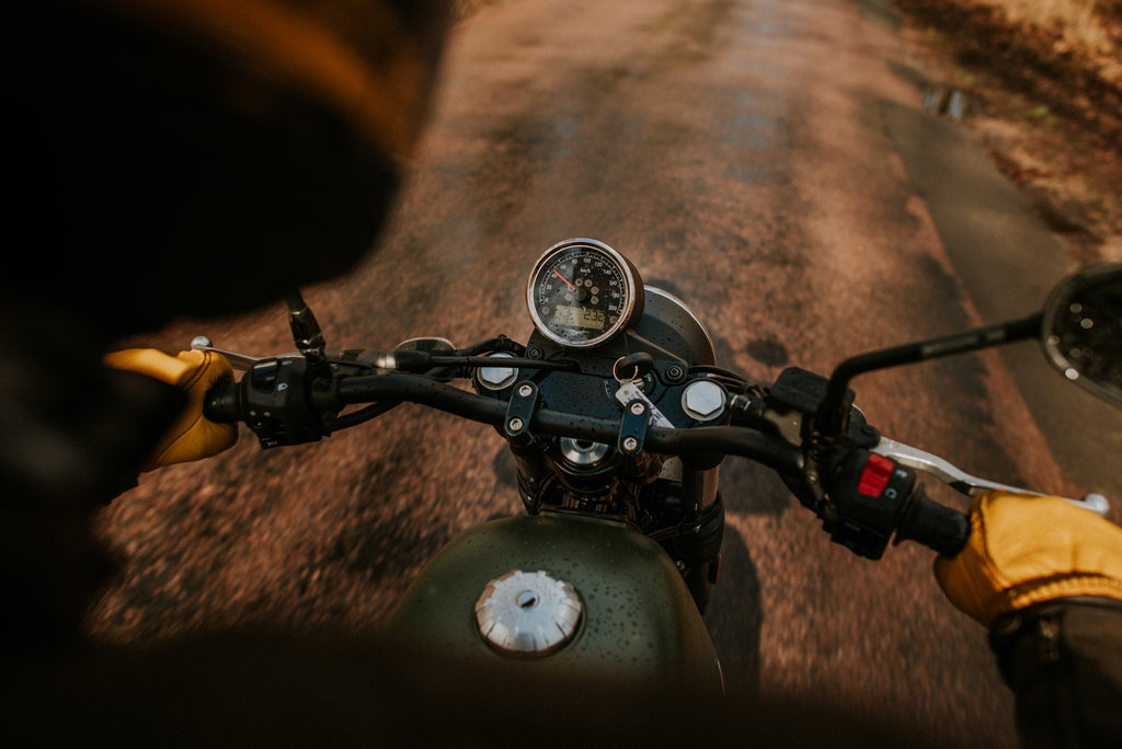 Moto Guzzi V7 III test avis stone special comparatif comparo