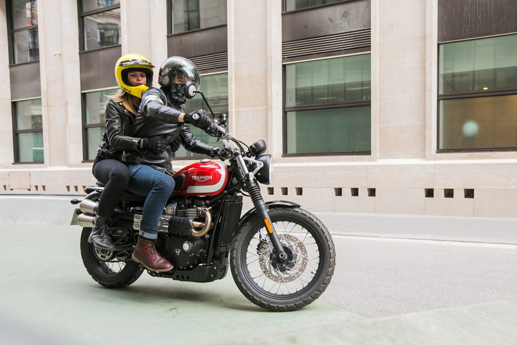 Triumph_Street_Scrambler-www.4h10.com-JK-jacob-khrist-Triumph Street Srambler-4H10-4h10-romaindebascher-romain-de-bascher-motorcycle-moto-custom-bike-hors-piste-skatepark-2017-
