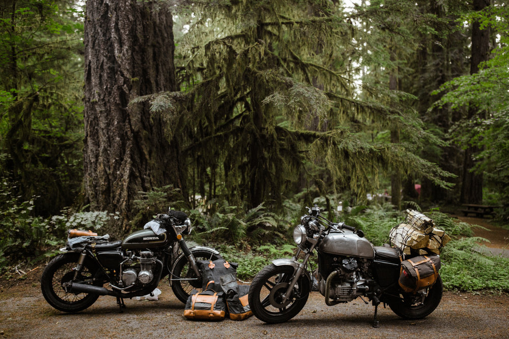 Pack Animal-sacoche-moto-portebagage-porte-bagage-vintage-roots-road trip-Michael Linquisdt-Jenny Linquisdt-sac-sangle-