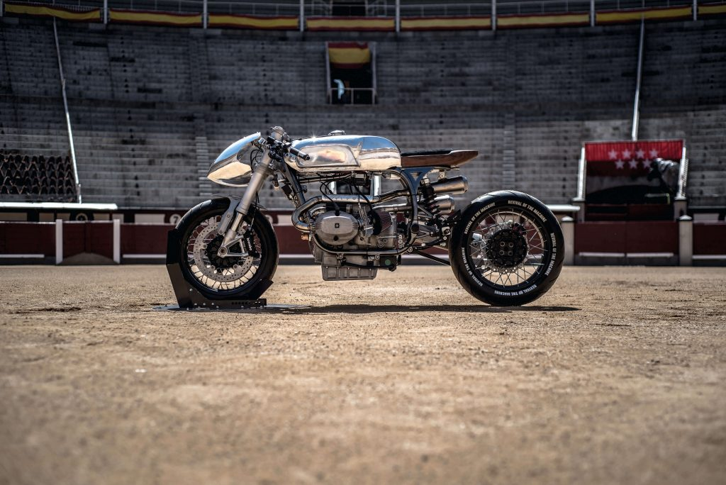 r100 RS silver bullet Revival-of-the-Machine-Silver-Bullet-XTR-Pepo-BMW-R100RS-Zenith-Rizoma-R-Nine-T-custom-preparation-espagnol-espagne-kustom-4-1024x684