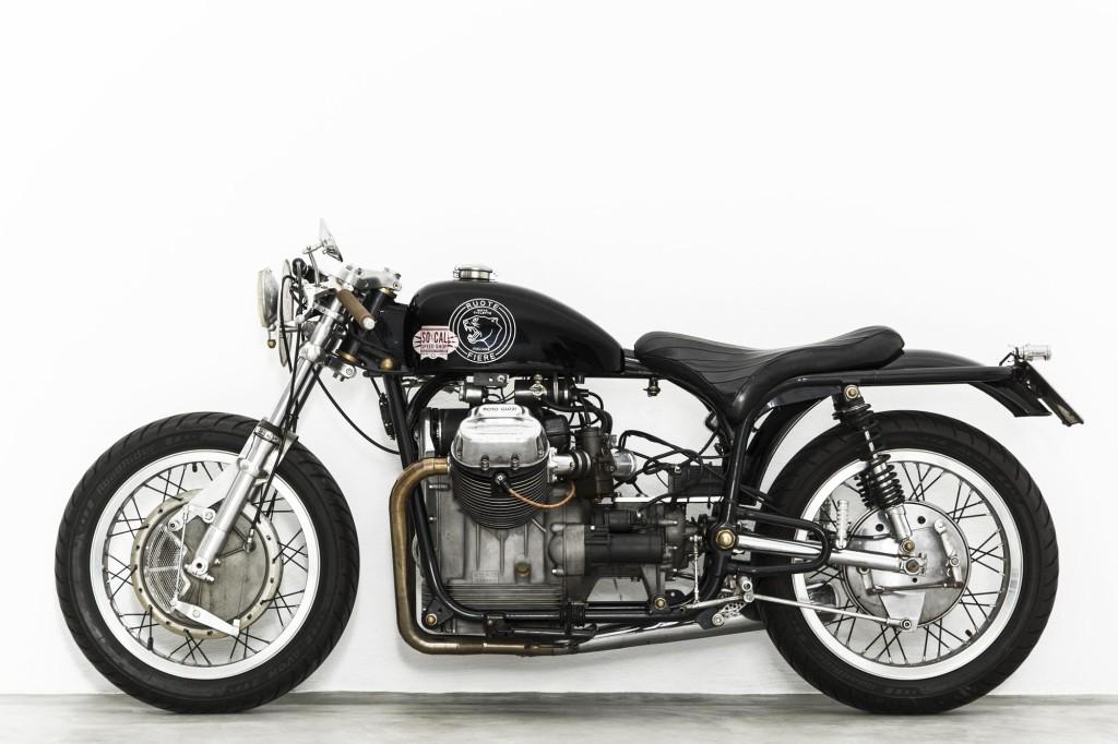Guzzi... juste l'essentiel des Café Racer 2, la suite... - Page 7 Ruote-Fiere-Charles-Seguy-Davide-Caforio-photographe-kustom-custom-Moto-Guzzi-V7Special-750cc-1970-italie-italia-motorcycle-moto-2