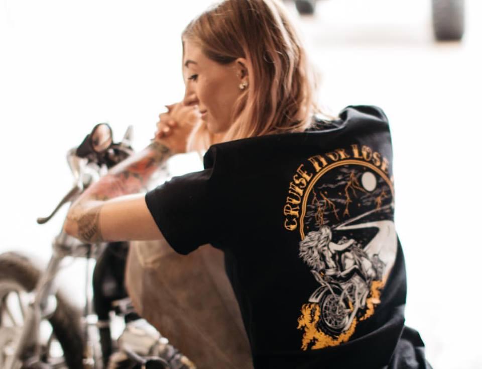 The Litas-womens-girls-rideuses-motardes-femme-femmes-motarde-groupe-club-moto-Hell Babes-France-custom-