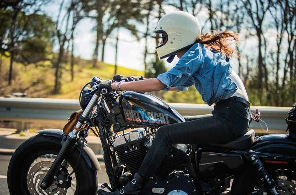 The Litas-womens-girls-rideuses-motardes-femme-femmes-motarde-groupe-club-moto-Hell Babes-France-custom-