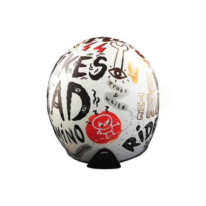 mama-custom-mama custom-casque-helmet-reservoir-peinture-graphiste-illustratrice-sur mesure-2