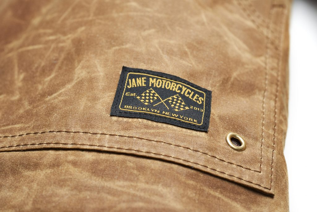 THE DRIGGS-JANE MOTORCYCLES-blouson-waxé-jacket-cuir-veste-été-main-CE-protection-Brooklyn-Jane-
