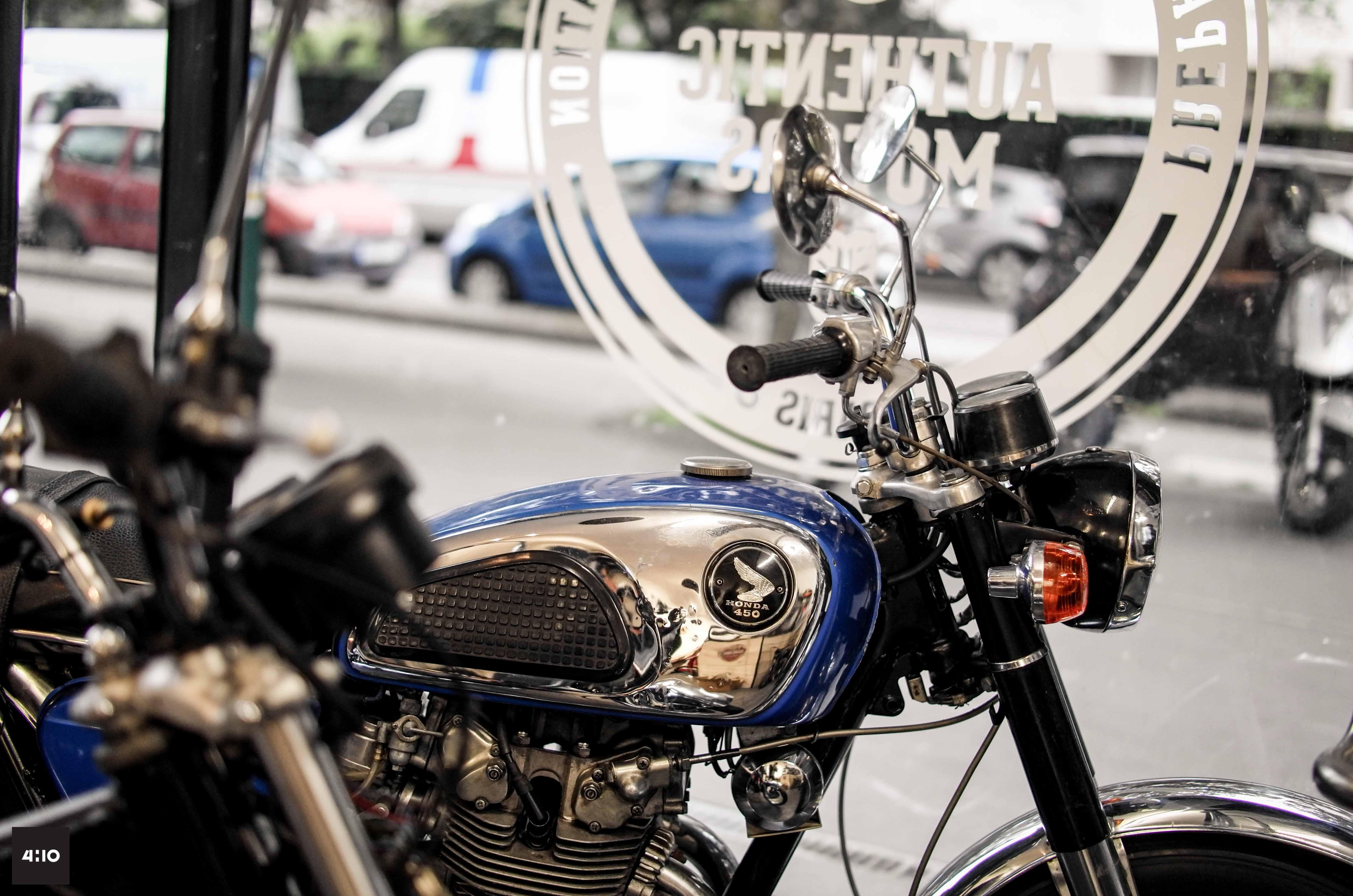 garage cafe racer paris id es d 39 image de moto. Black Bedroom Furniture Sets. Home Design Ideas