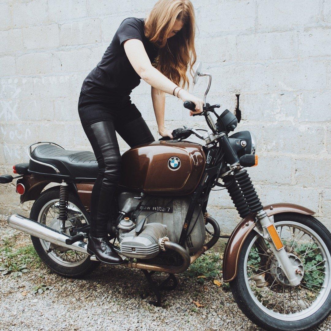 pantalon cuir femme protection kevlar moto cafe racer vintage