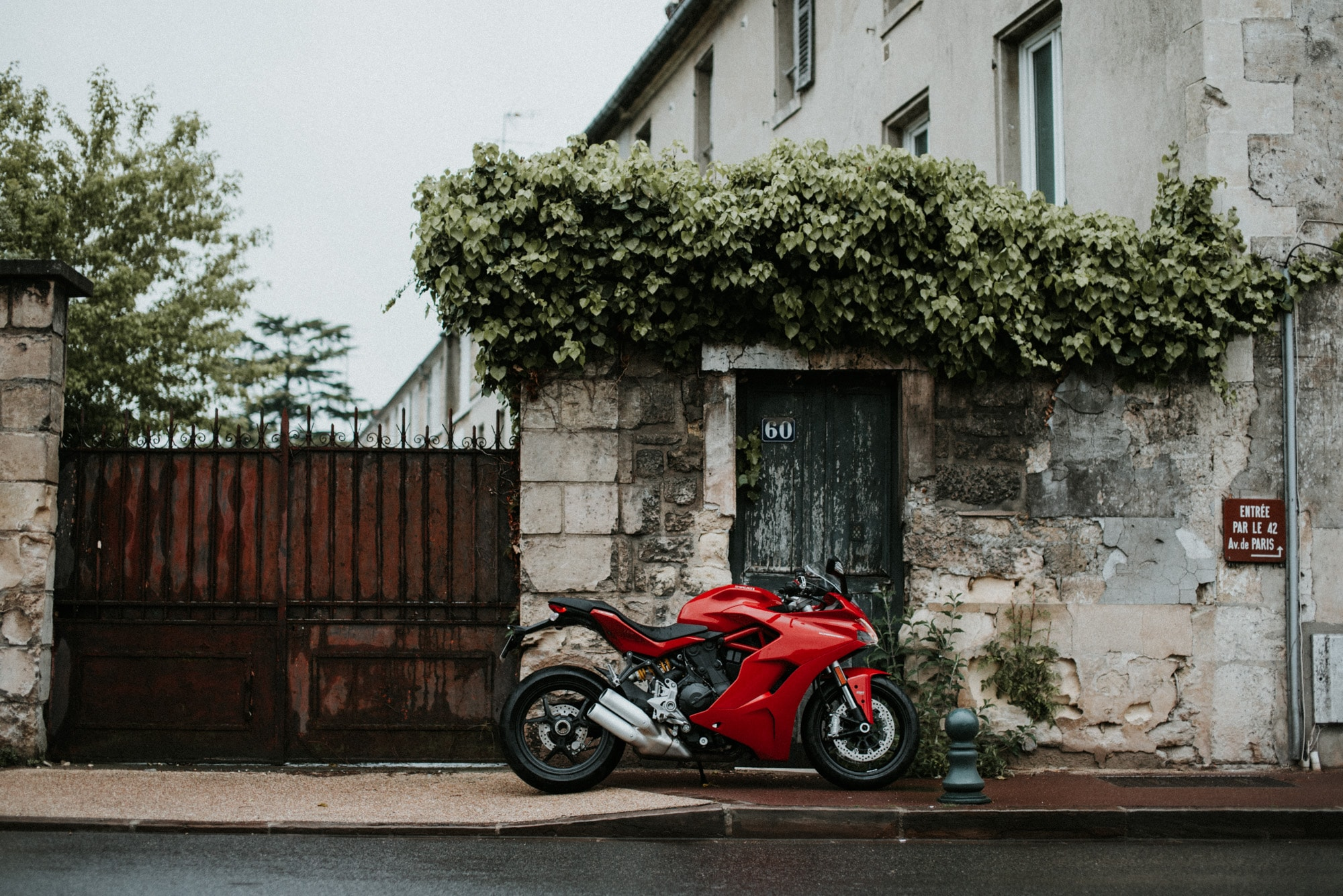 charles seguy charlie photo photo moto cafe racer