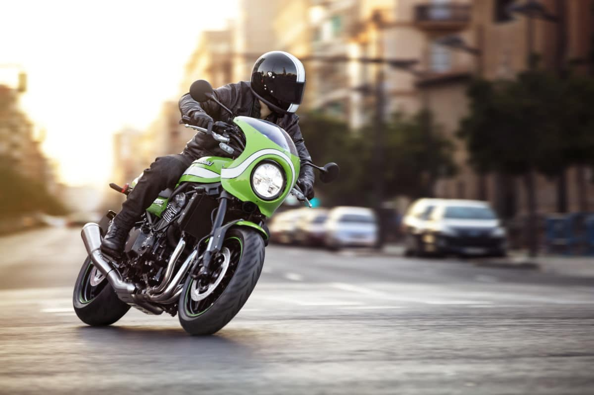 Kawasaki Z900RS photo test