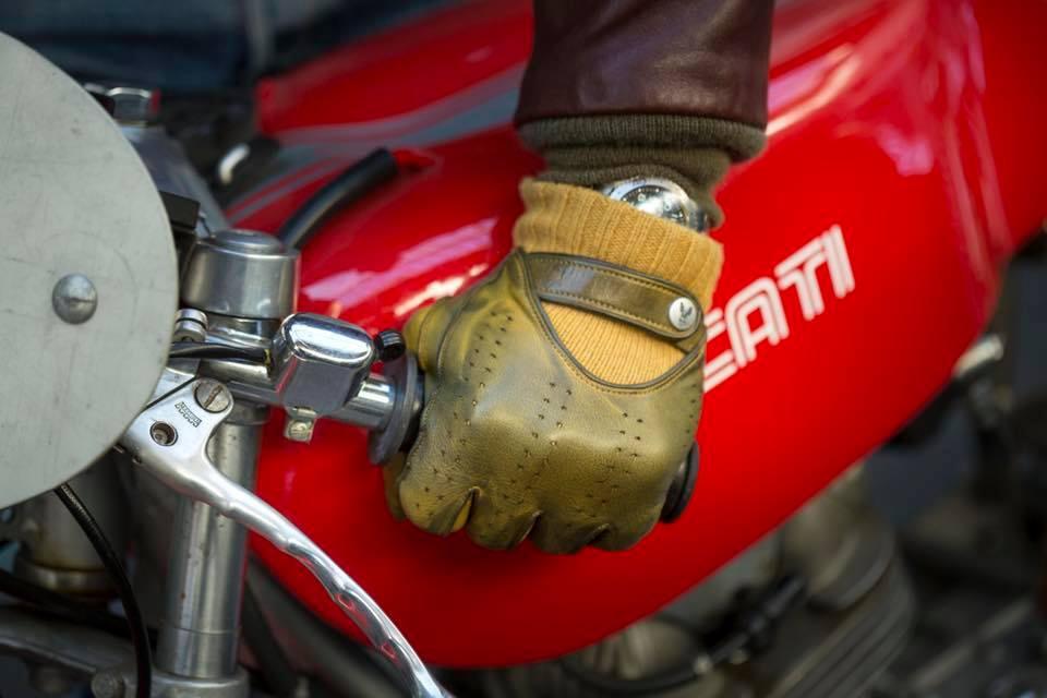 cuir choisir cuir guide comment prix différence moto motard vintage