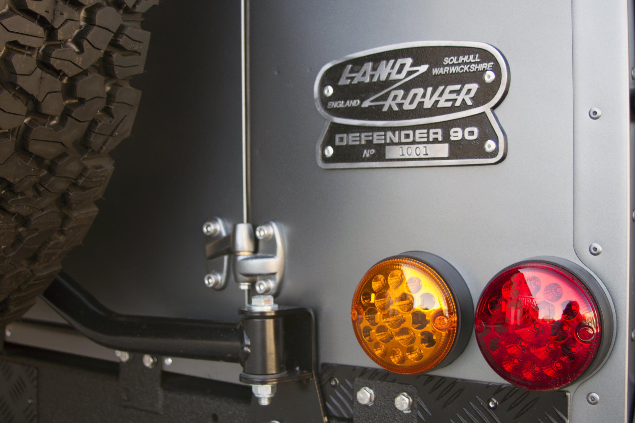 Ranger rover Land Rover Defender Millenium Falcon