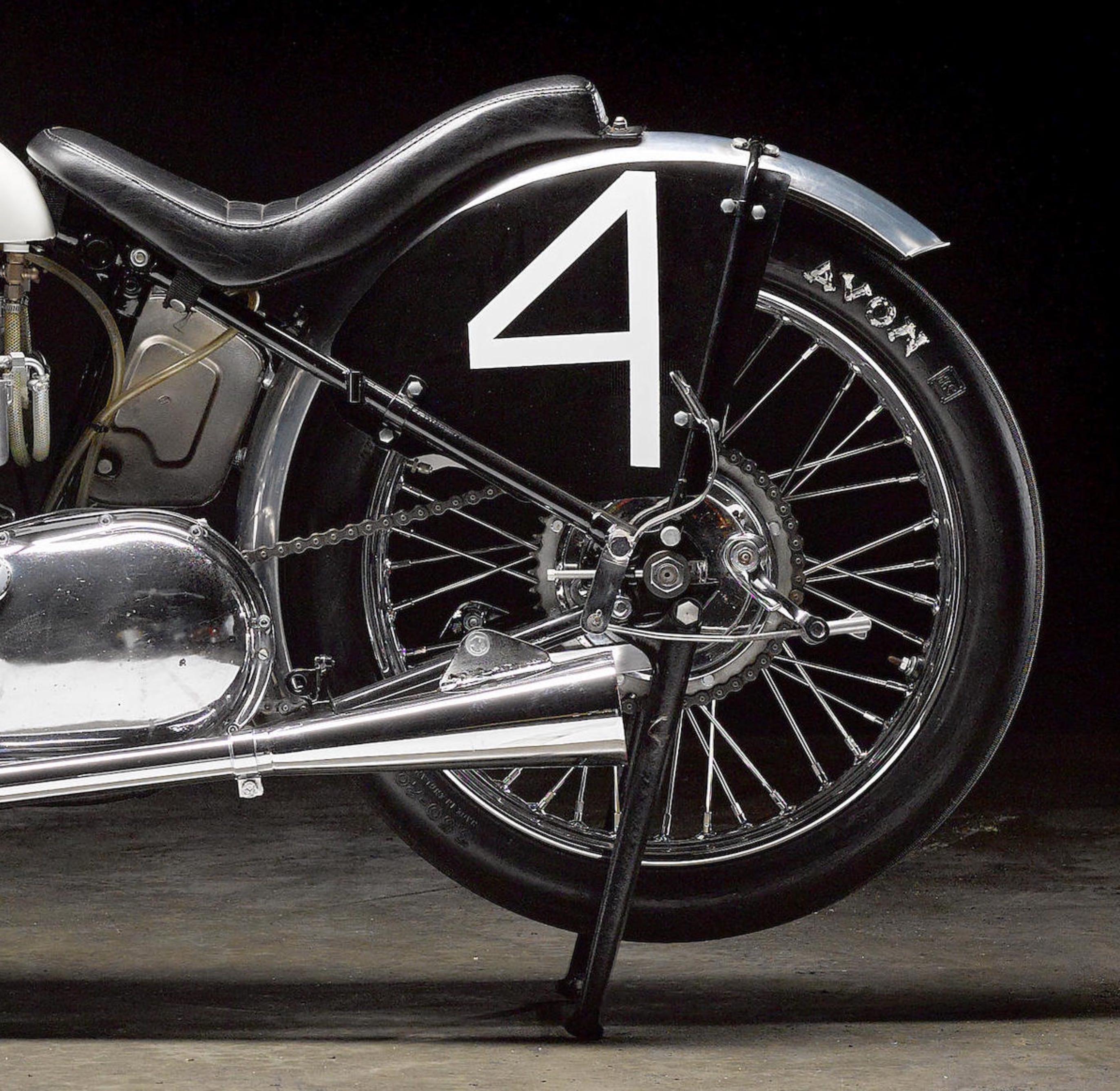 Triumph Bonneville 6T thunderbird lac salé bonneville course record