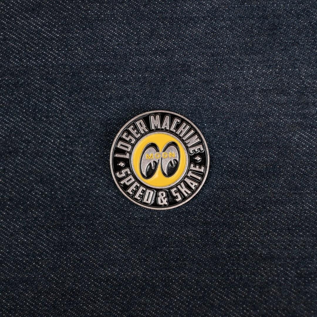 mooneyes edition limitée tee pins chaussette livre