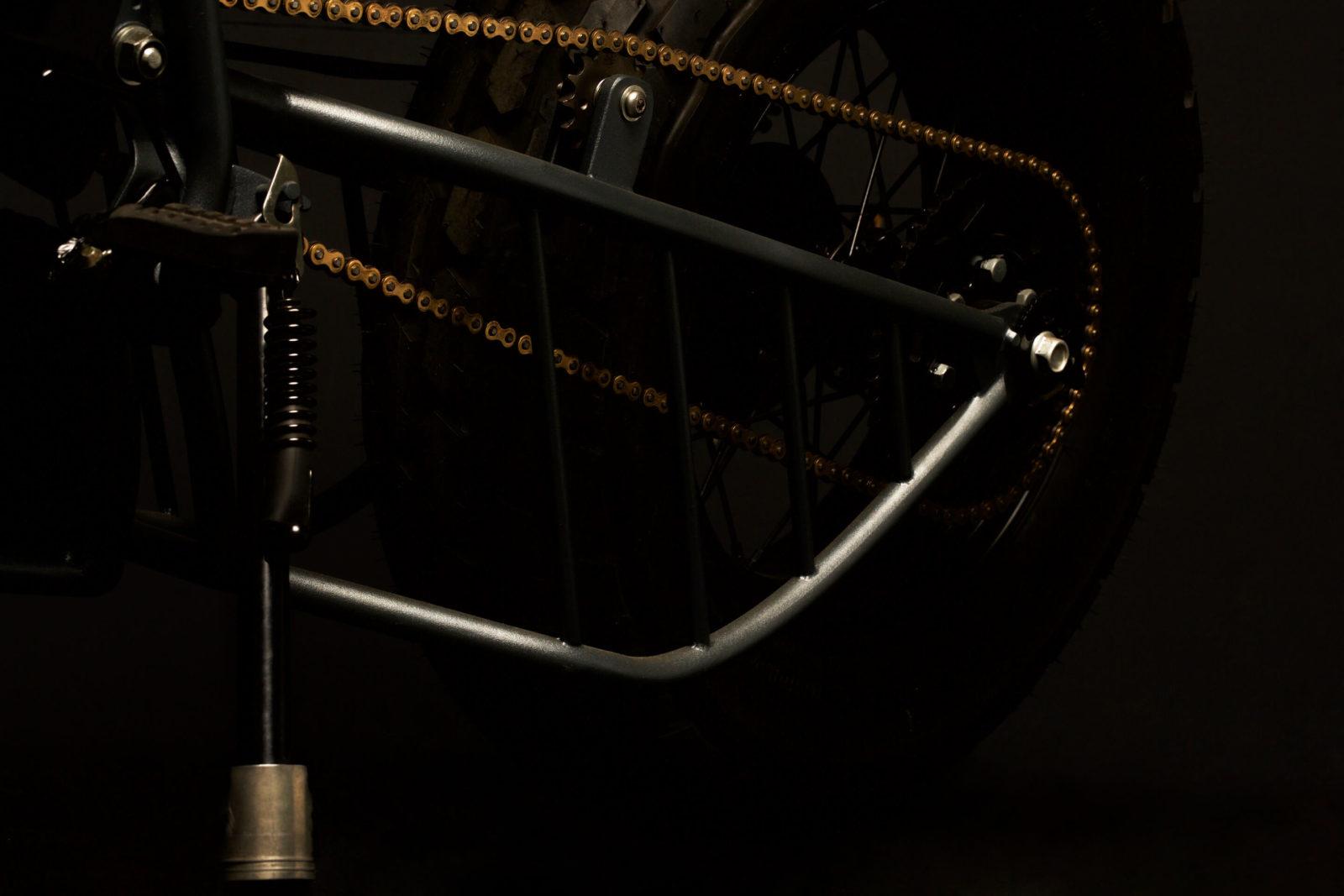 TW125 TW 125 custom atelier médusa préparation cafe racer vintage scrambler