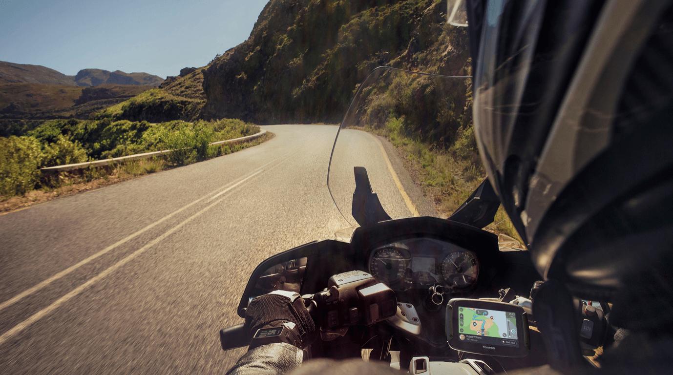 TomTom rider 550 GPS moto test avis essai route parcours roadtrip