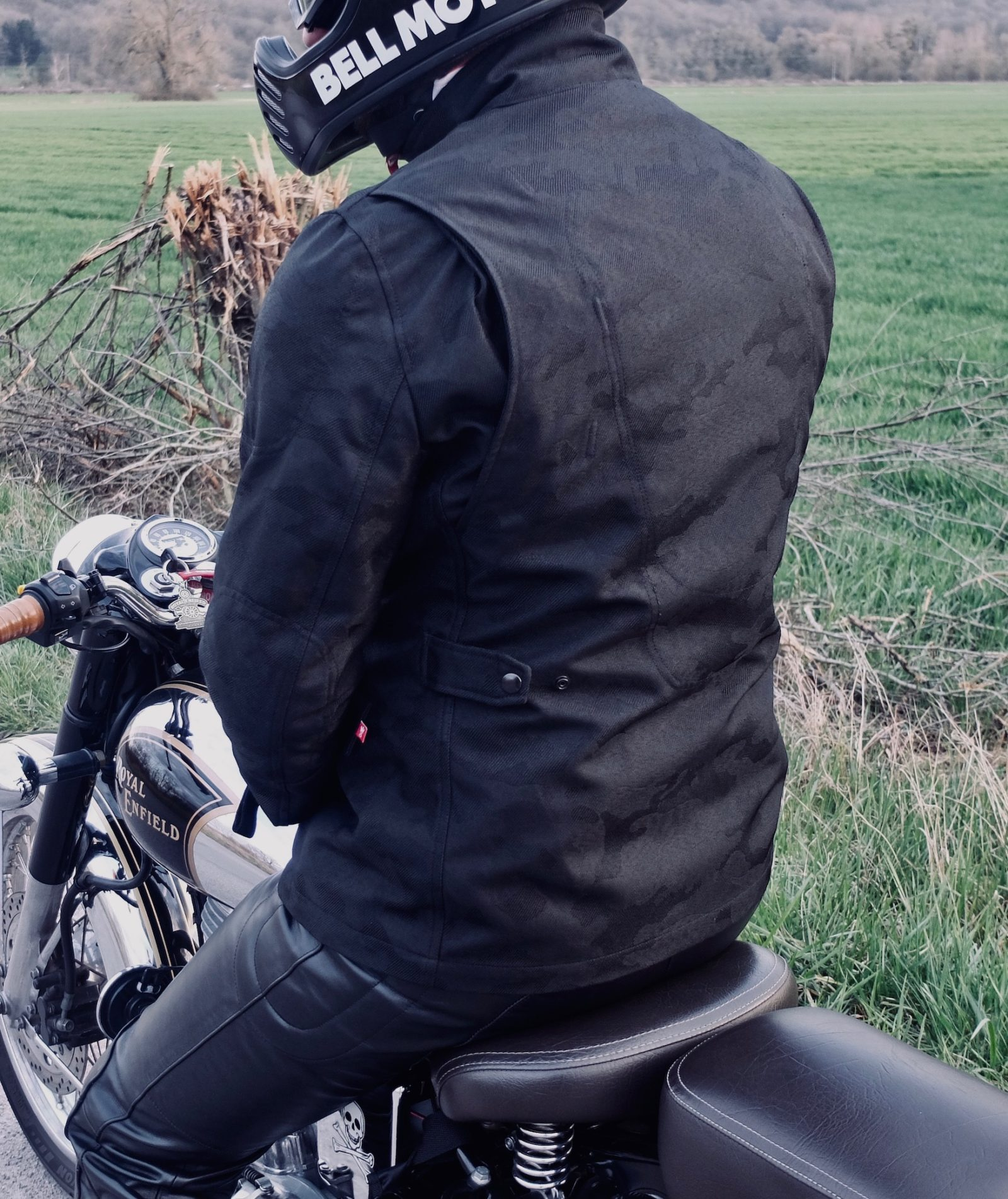 Essai de la M65 Field Motorcycle Jacket, la très bonne surprise lituanienne !