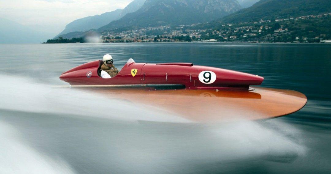 Le Bateau Ferrari Arno XI, une veritable merveille (et qui va très vite)