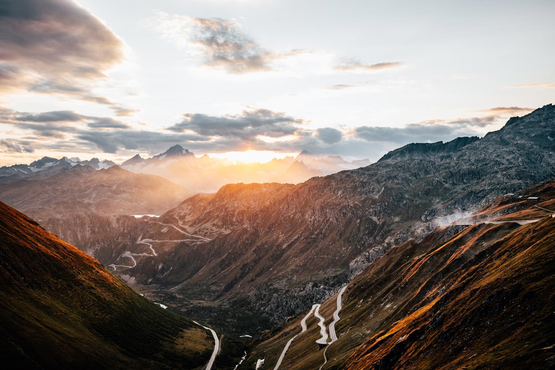 route de la furka, col moto suisse