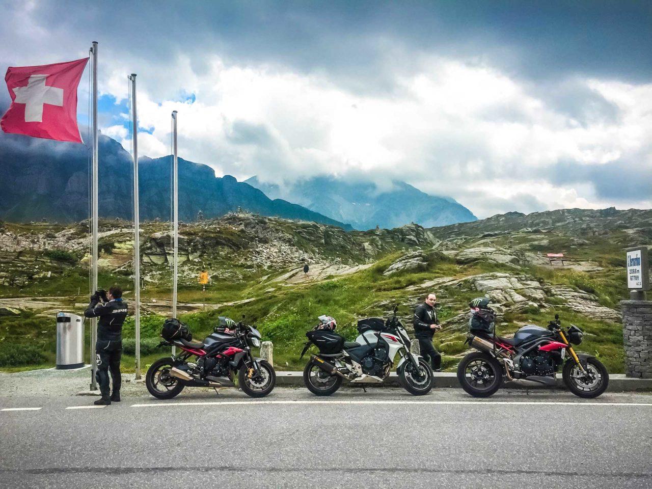 Road trip Italie Suisse : cols et routes mythiques