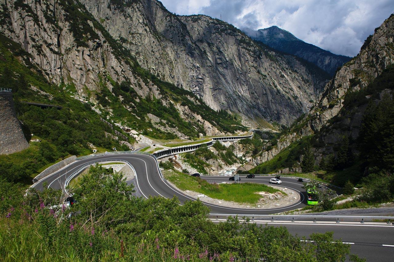 route de saint gotthard suisse