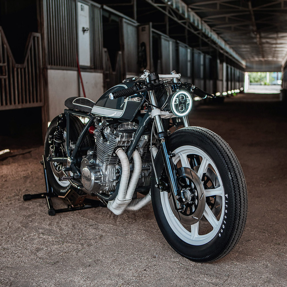 Xs1100 cafe racer