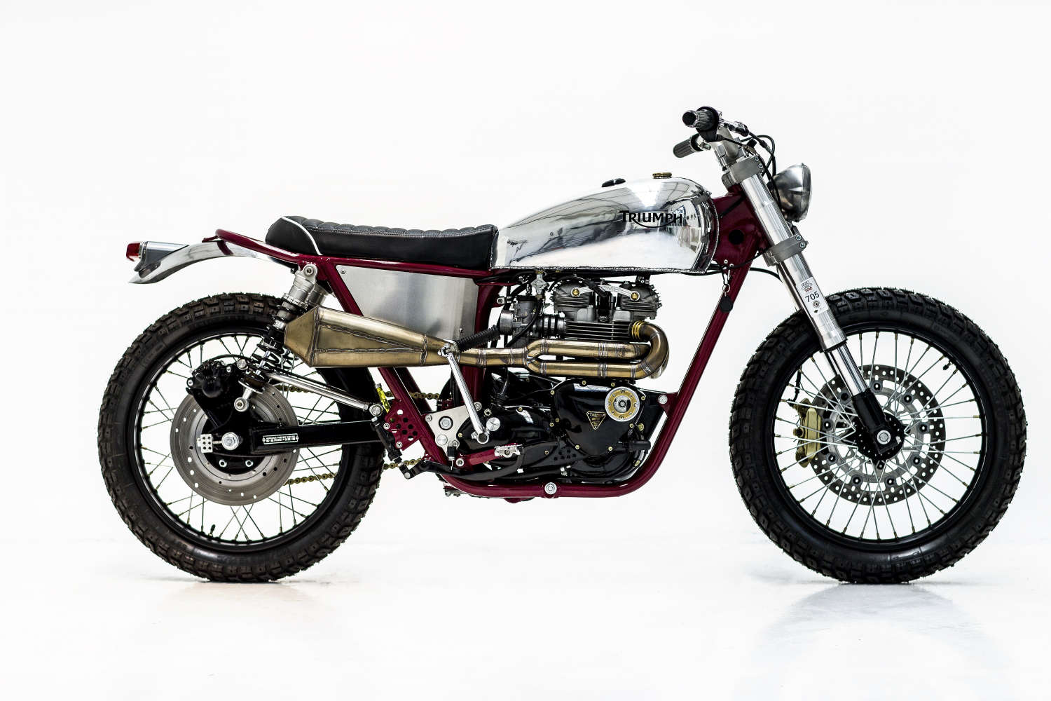 t140 cafe racer Herenciacustomgarage