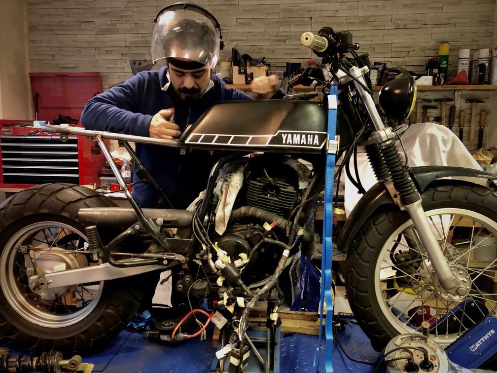 MotoTherapy : garage et atelier collaboratif à Paris !