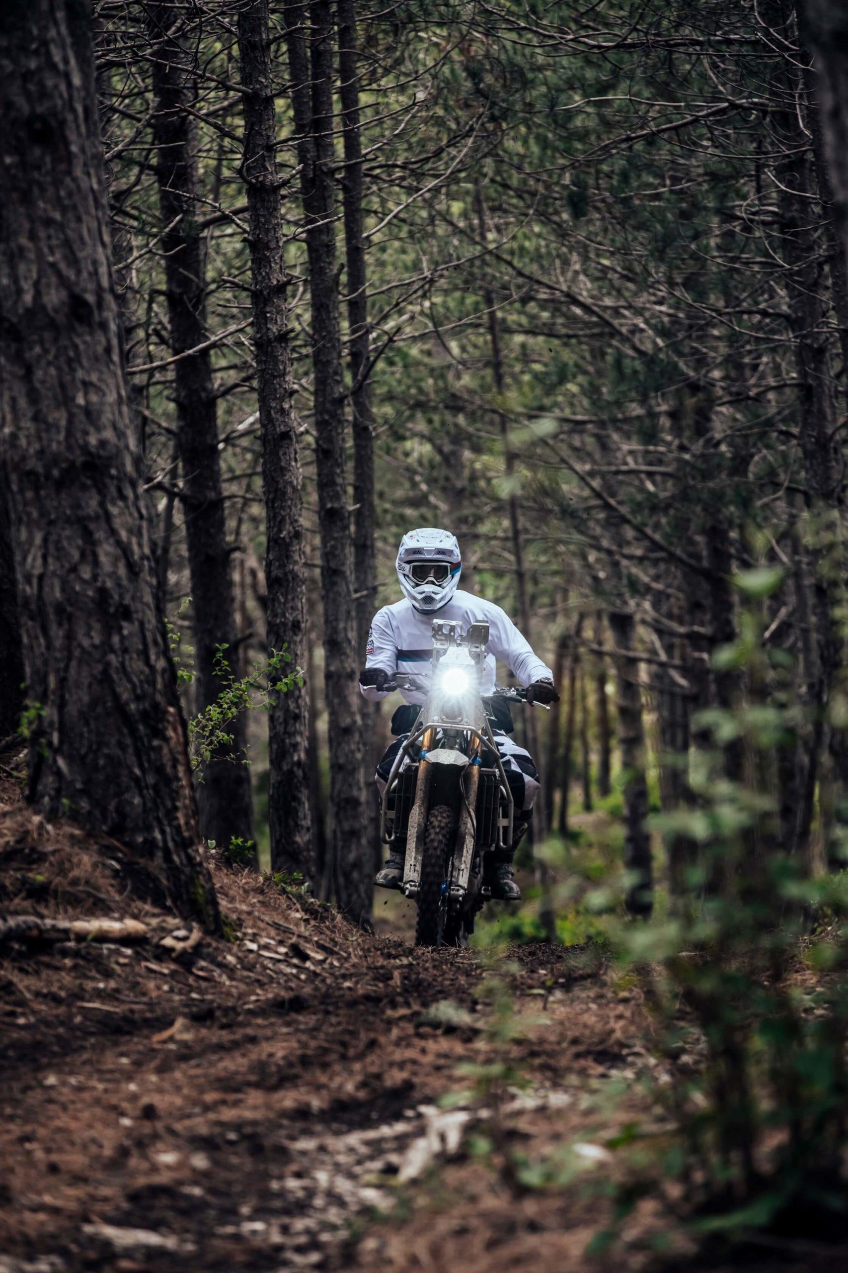 La Moto de Rally custom par Le Motographe WRF450