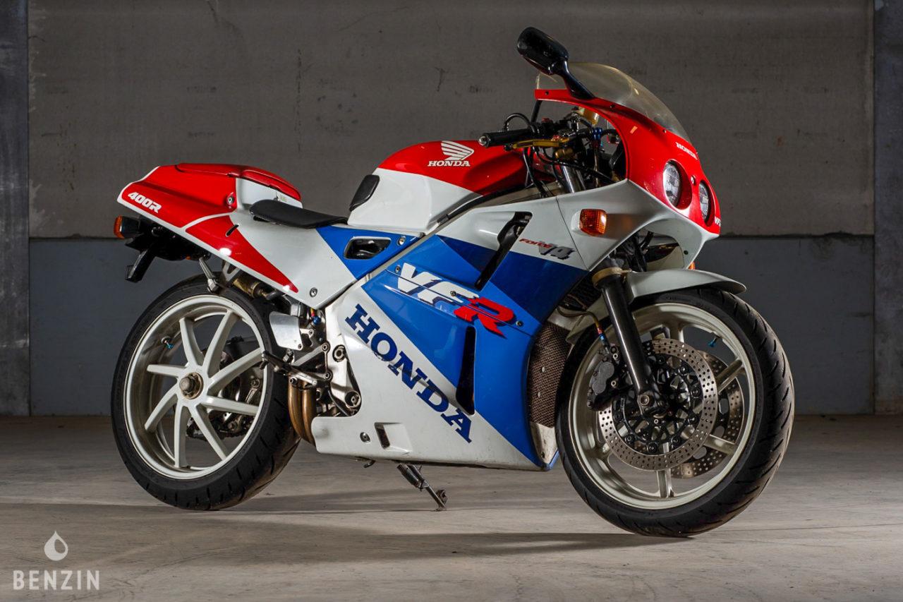 A vendre : Honda VFR 400 R, la RC30 du levant chez Benzin