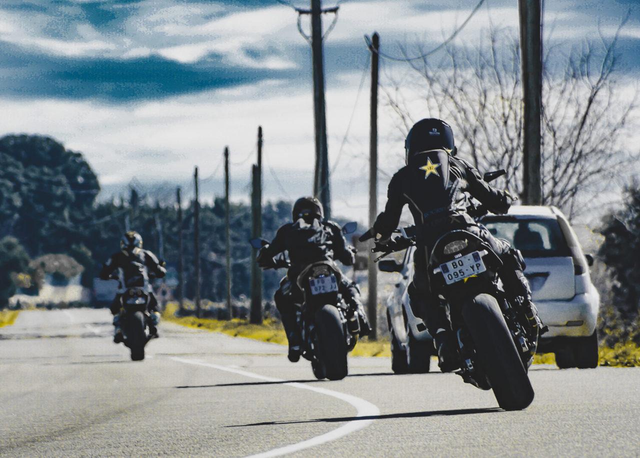 Les routes à moto : les 10 meilleures à faire cet été