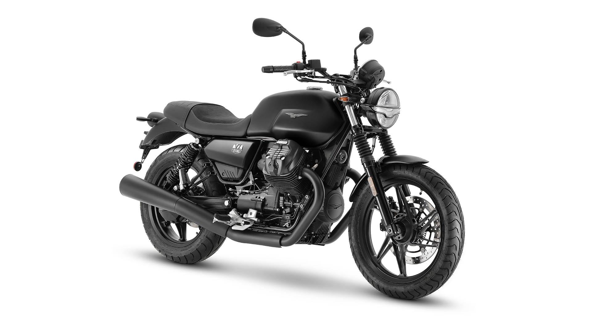 Moto Guzzi V7 2021 Nero Ruvido noir avant droit
