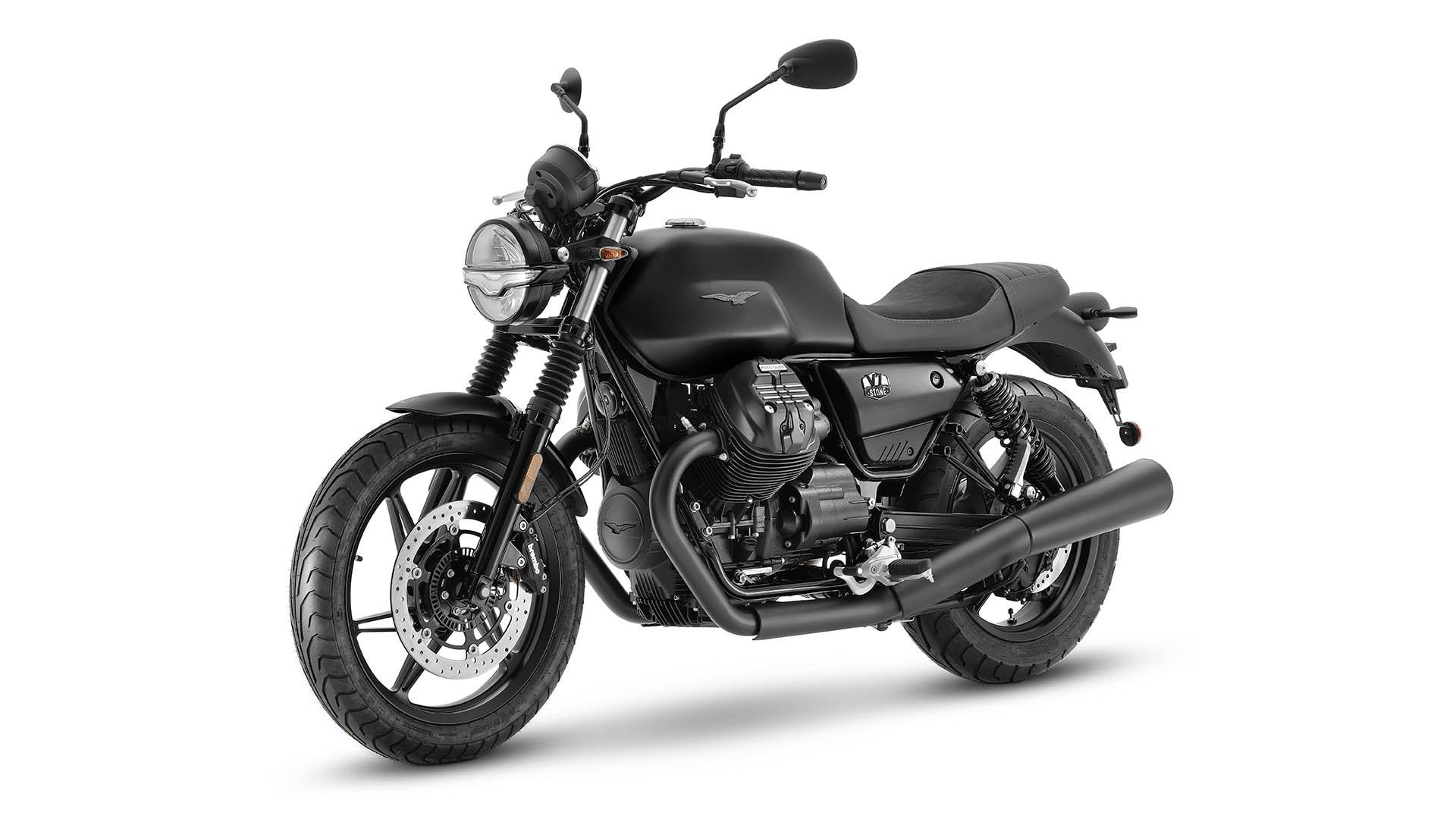 Moto Guzzi V7 2021 Nero Ruvido noir avant gauche